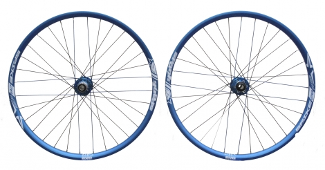 SPANK Paire de roues SPIKE Race 28AL Bleu 20mm/150x12mm