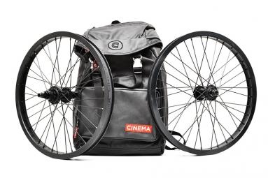 CINEMA VX2 2014 Wheelset LHD/RHD Black+ Backpack RUCKSACK