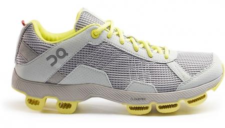 Chaussures de Running Femme ON Running Cloudster N.C.