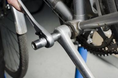 UNIOR Clé a cliquet pour vis d'axe de pédalier 14-15 mm