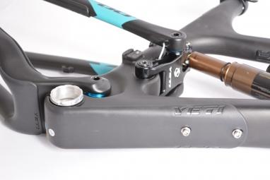 YETI 2014 Frame SB66 Carbone 26'' Black/Grey + Rear shock Fox Float X