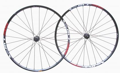 SHIMANO 2014 Wheelset MT35 27.5'' 15 MM Centerlock Black
