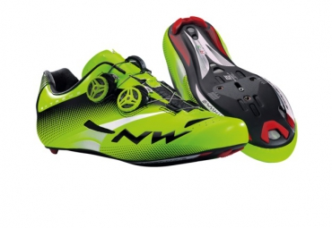 Chaussures Route NORTHWAVE EXTREME TECH PLUS 2015 vert fluo