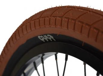 cult pneu chase dehart dark gum noir 2 20