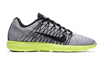 Chaussures de Running Nike NIKE LUNARACER 3 N.C.