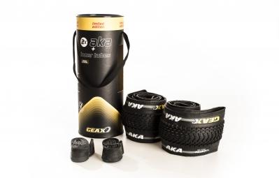 GEAX Pack de 2 Pneus AKA 26 x 2.20 TubeType Noir + 2 chambres à Air 26''