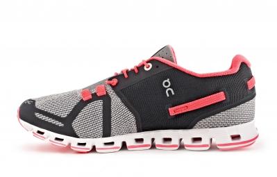 Chaussures de Running Femme ON Running CLOUD