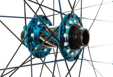 SPANK Paire de roues SPIKE 27.5'' Race Axes 20mm et 150x12mm Bleu