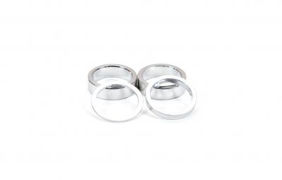 GNK Kit de 4 entretoises Aluminium Argent