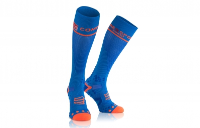 paire de chaussettes compressport compression full socks v2 1 bleu 2l