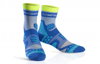 compressport paire de chaussettes pro racing socks ultra light run bleu 35 38