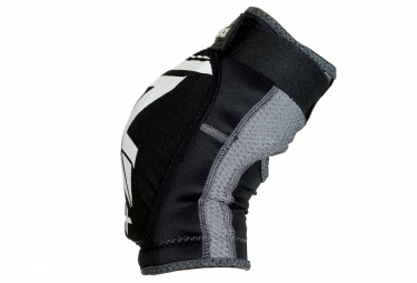 TRICK X Knee Pads RAM BOW Black White