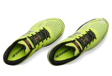 Chaussures de Running New Balance M 880 v6 Jaune