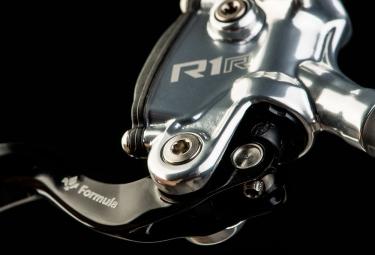 Frein Avant ou Arrière Formula R1 Racing (sans disque) 2019