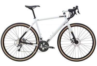 gravel bike charge plug 3 shimano tiagra 10 vitesses blanc 2017 m 167 177 cm