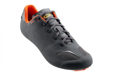 paire de chaussures route mavic aksium iii 2017 anthracite orange 47 1 3