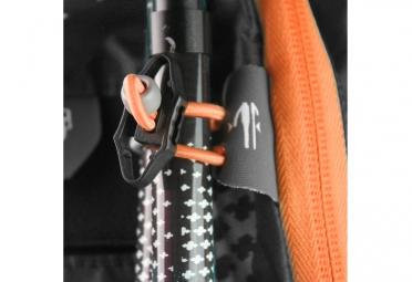 sac a dos raidlight trail xp evo 2 4 noir orange poche a eau 1 5l