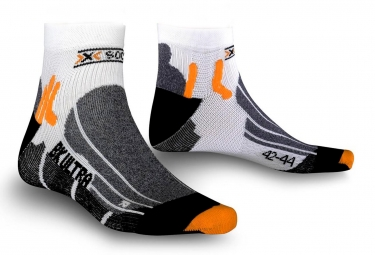 X socks paire de chaussettes bike ultralight blanc noir 35 38