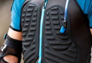 BLUEGRASS Protection Dorsale TUATARA IDRO D3O Noir/Bleu