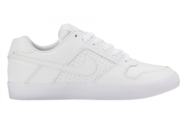 chaussures nike sb delta force vulc blanc 45