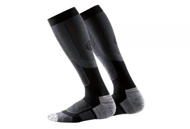 Skins Essencials Calze a compressione termica attiva nere grigie