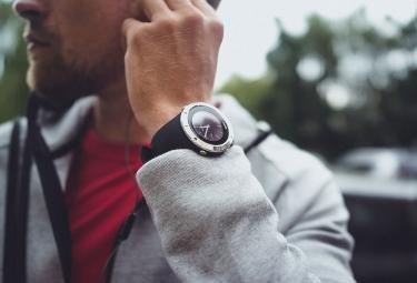 Montre de Sport Suunto Spartan Trainer Wrist HR Argent / Noir