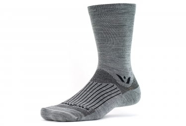 chaussettes swiftwick pursuit seven gris 43 46