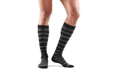 Skins Essentials Comp Socks Recovery Black/Black Men