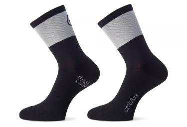 paire de chaussettes assos centosock evo8 noir blanc 38 42