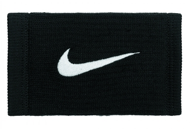 Nike Reveal Wristband Black (Pair)