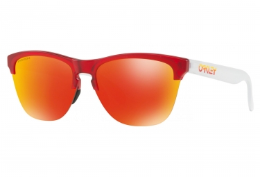 Lunettes oakley frogskins lite grips collection matte translucent red prizm ruby oo9
