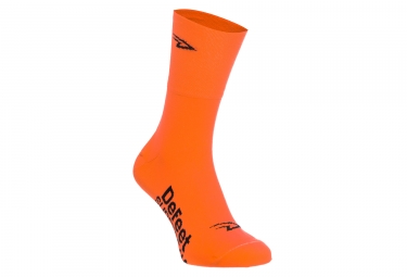 Paire de couvre chaussures defeet slipstream orange fluo 36 42