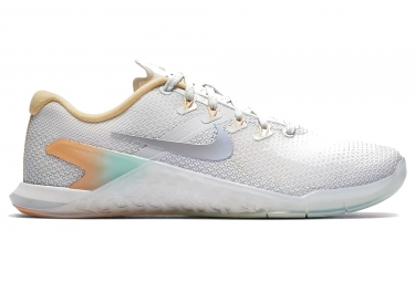 Chaussures de cross training nike metcon 4 rise blanc multi color femme 38 1 2