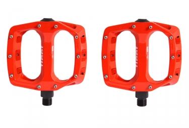 SB3 Fleet Flat Pedals - Red