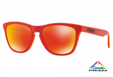 Paire de lunettes oakley frogskins grips collection matte red prizm ruby oo9013 e055