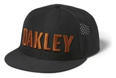 Casquette oakley perf hat noir marron