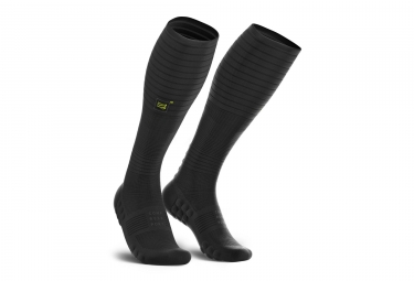 Chaussettes de Compression Compressport Full Socks Oxygen Black Edition