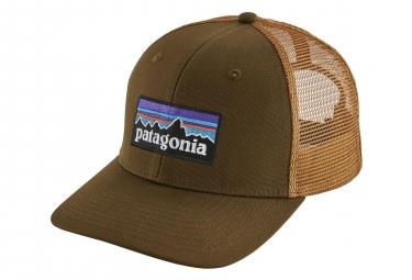 Patagonia P-6 Logo Trucker Hat Beige