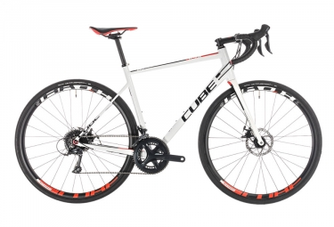 Cube Attain Pro Disc Road Bike 2019 Shimano Sora 9S White / Red