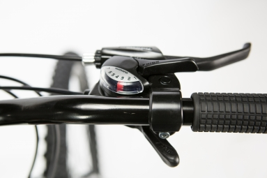 VTT Semi-Rigide Femme Moma Bikes Sun 26'' Shimano 21V Noir