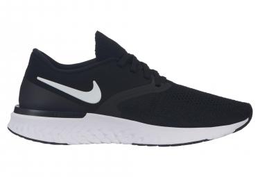 Chaussures de Running Femme Nike Odyssey React Flyknit 2 Noir / Blanc
