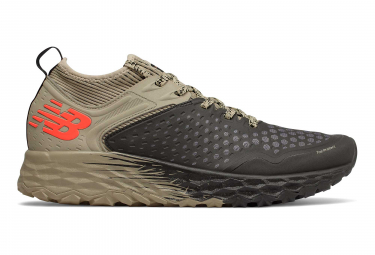 Chaussures de Trail New Balance Fresh Foam Hierro V4 Noir / Marron