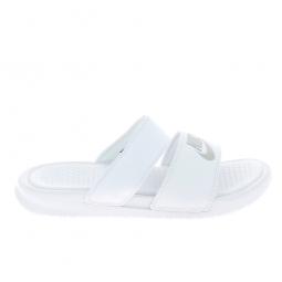 tout neuf 10a92 f6cc7 Sandale, Nu-piedNu pieds et sandales NIKE Benassi Duo Blanc Argent