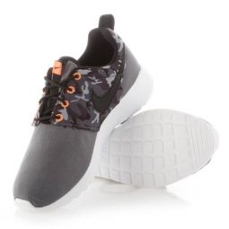 Nike roshe one print gs 35 1 2