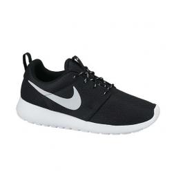 Nike wmns roshe one 35 1 2