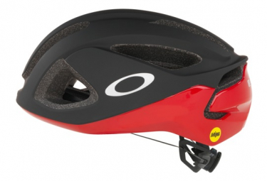 Aero Oakley Aro 3 Mips Helmet Black / Red