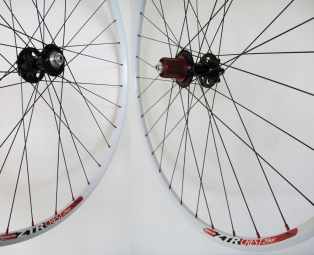 NOTUBES Wheelset ZTR CREST White 29'' Axis 9 mm