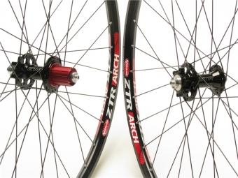 NOTUBES Wheelset ZTR ARCH BLACK 29'' Axe 9 mm