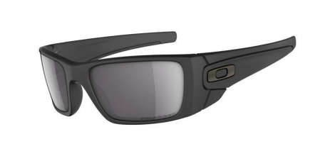 OAKLEY Sunglasses Fuel Cell Matte Black / Matte Black / Grey Ref 9096-05