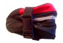 Kit réparation chambre air et outils vélo dans sacoche de selle .